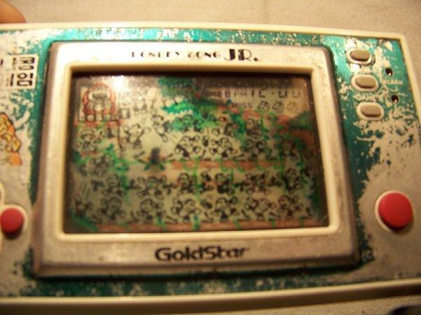Game & Watch Conkey Kong Jr. en version coréeenne Goldstar